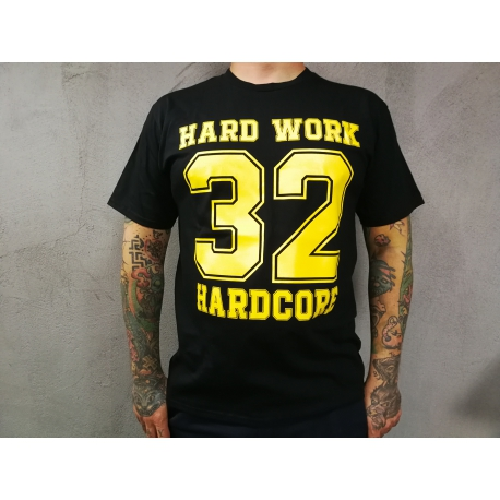 "Hard Work t-shirt ""32 HARDCORE"" - czarna"